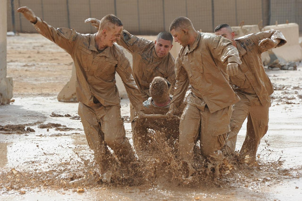 teamwork-training-exercise-615178_1280